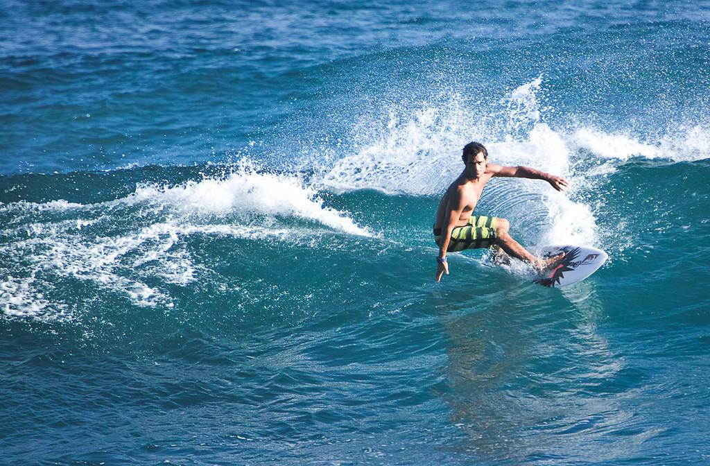 Surfer © Mario Dirks